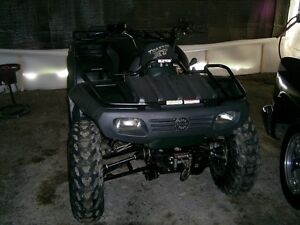 PARTING OUT 2004 Bombardier Traxter XT 500