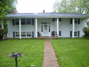 3 or 4 bedroom house for rent on Jewell Rd.