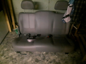 Bench seat for 1930s hot rod