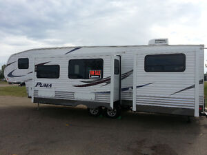 PALOMINO PUMA 295 BHSS 5TH WHEEL - EXCELLENT CONDITION