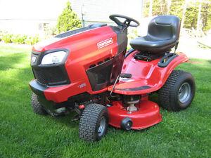 Tracteur Craftsman 20 Hp 2 cyls 42 po