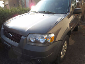 2005 Ford Escape Parting Out