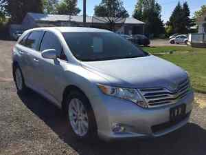 2011 Toyota Venza Crossover - One Owner - Only 90299km!! Kitchener / Waterloo Kitchener Area image 3