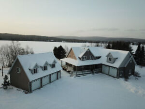 Stunning Northern Retreat ~ The Possibilities are Endless!