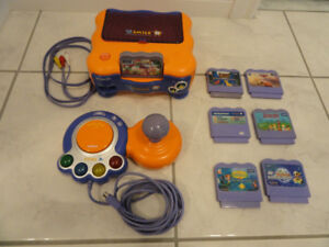 VTECH V.SMILE  THE LEARNING SYSTEM AND 7 GAMES