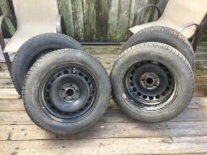 4 Winter Tire Set  with Rims  215/60/R16