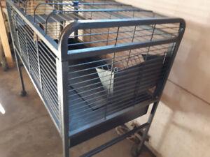 Cage sur roulette