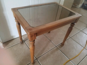 Nice Small Handcrafted antique mirrored topped end table