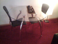 table chrome avec 2 chaise