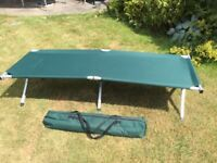Folding camp bed in carrycase