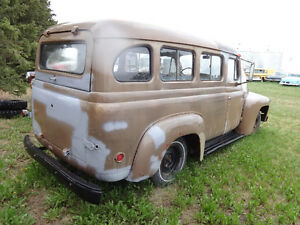 1953 international travelall suburban window panel truck wagon