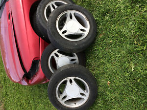 1996 Ford Mustang tires and rims