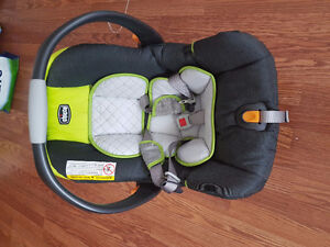 Chicco Cortina Baby Car Seat and Rocker chair