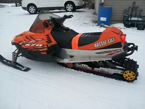 2006 Arctic Cat 570 fan cooled sled