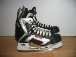 """ Easton Synergy """" patins glace hockey skates for 12 -13 US men"
