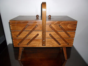 Vintage Wooden Sewing Box / Craft Box