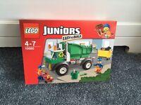 LEGO 10680 JUNIORS GARBAGE TRUCK BRAND NEW MINIFIGURES