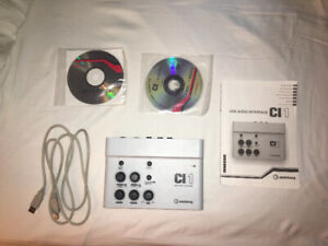 Full set of beginner's recording equipment in PERFECT condition!
