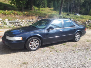 2000 Cadillac Seville STS You'd look GOOD in a Cadillac!