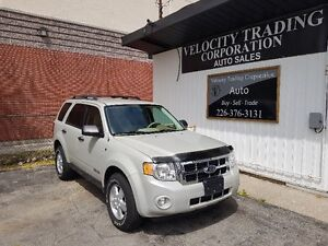 """""""ONE OWNER"""" 2008 Ford Escape XLT, """"LOW MILEAGE"""""""