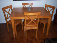 Solid Wood Dining Table with 4 Chairs / delivery