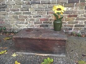ANTIQUE VINTAGE WOODEN BOX FREE DELIVERY 🎄CHRISTMAS SALES!!!