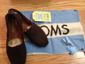 Toms brand new classics canvas (chocolate)