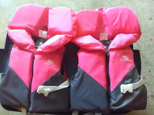 Pair of quality Stearns infant life jackets. Great like *NEW*