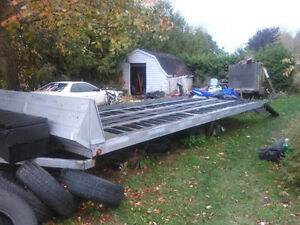 2002 NorthTrail 4 place flatbed trailer