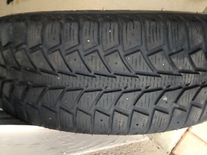 Snow tires on rims off Ford Focus-'04