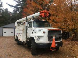 1991 FORD L9000 SINGLE AXLE AUGER TRUCK