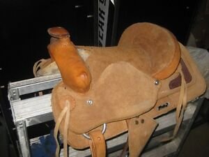 youth kids Saddle. looks to be new