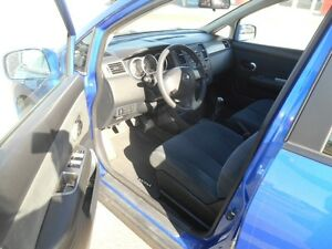 2009 Nissan Versa 1.8 S Hatchback Peterborough Peterborough Area image 10