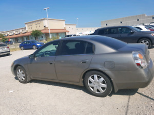 Beautiful Nissan Altima 2003 2.5 AS IS