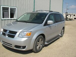 LOW MILEAGE FOR THIS 2010 Dodge Grand Caravan Minivan, Van