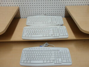 Microsoft 500 White Wired Keyboards (1 New+1 Used & Great Shape) Kitchener / Waterloo Kitchener Area image 1