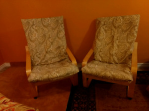 2 Ikea Poang chairs 1 footstool