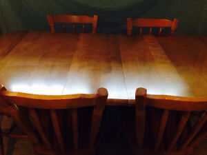 Kitchen Table and Chairs Kitchener / Waterloo Kitchener Area image 1