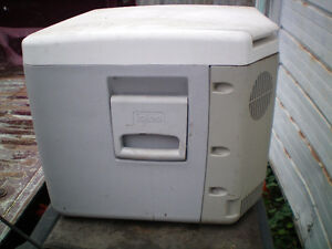 12 volt cooler-heated cooler
