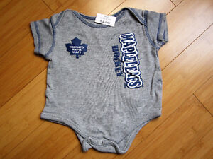 NHL Toronto Maple Leaf Onesie - Size 18
