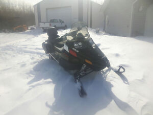 2014 ARTIC Cat snowmobile