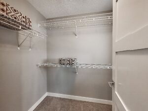 SKYVIEW Attached Double Garage TOWNHOUSE Edmonton Edmonton Area image 8