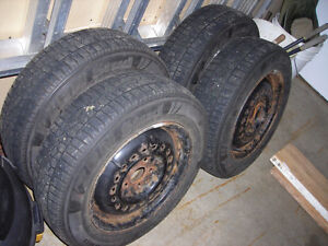 Snow Tires with rims West Island Greater Montréal image 1