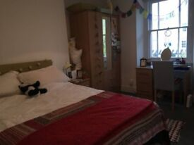 Modern, newly refurbished double bedroom in Cotham