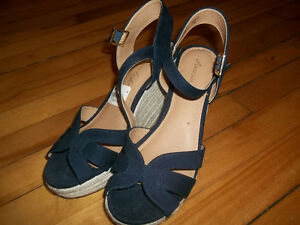 Ladies High Heel Sandals For Sale