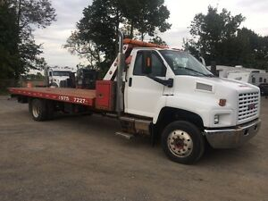 Remorqueuse GMC 6500 2003 towing