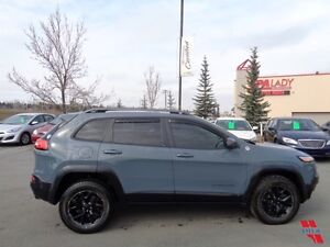 2014 Jeep Cherokee TRAILHAWK V6 Fully LOADED