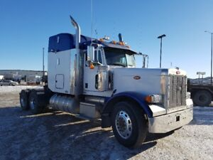 2007 Peterbilt 379 with Product Pump