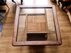 Rereo coffee table