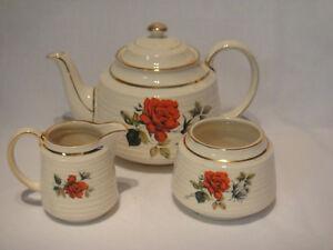 Service à thé  en porcelaine anglaise Saguenay Saguenay-Lac-Saint-Jean image 5